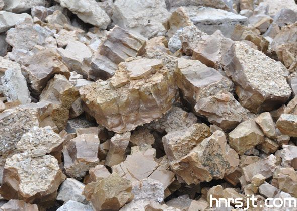 电熔铝酸钙/预熔精炼渣