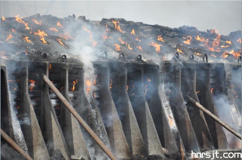 黑碳化硅冶炼中